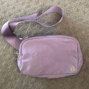 Lululemon waist bag